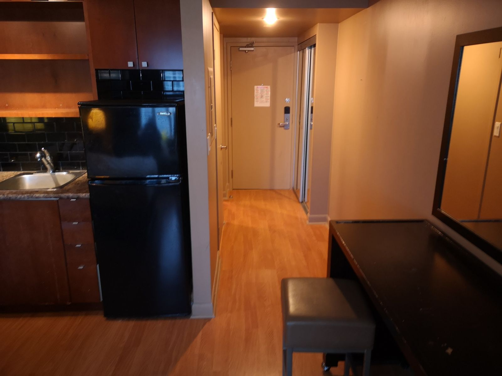 200 Victoria St unit 1603 Toronto- Furnished Studio